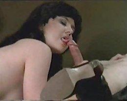 Ihana Laura Johnson alastomuutta
