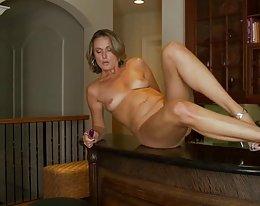 Jane strippaus