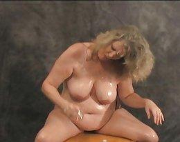 upea amatööri äiti märkä nälkäinen vagina