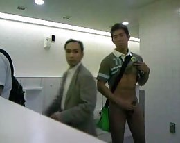 Kotitekoinen japanilaisen pari sex tape kanssa creampie